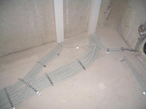 Разводка электрики (Трасса под стяжкой)